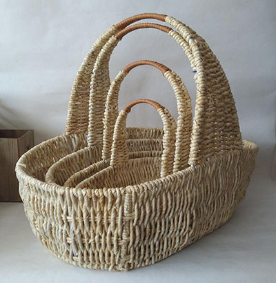 storage basket,gift basket,fruit basket,made of maize with metal frame