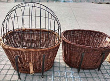 Wicker bicycle basket with cover,dog bike basket,metal hooks