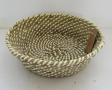 storage basket,fruit basket,gift basket,bread basket