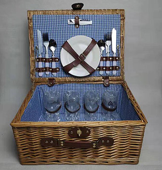 willow picnic basket set,picnic hamper,service for 4